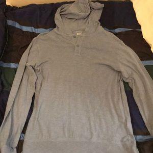 GAP Longsleeve tshirt w/ hood